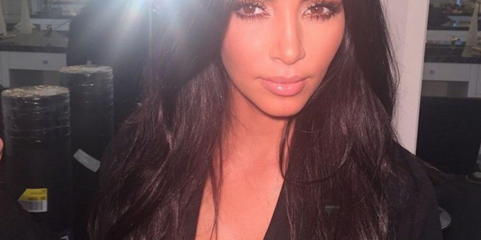 ¿Cómo les parece que se ve mejor? Foto:Instagram Kim Kardashian
