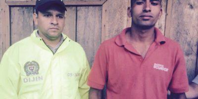 """Este hombre de 26 años es hermanastro de Édison Vega García (capturado el pasado sábado). Según las investigaciones, fue el primero con el que se contactó Luz Mila Artunduaga para """"darles un susto"""". La investigación de las autoridades señala que, en compañía de Vega García se reunió con los sicarios (alias Chencho y alias el Desalmado) para darles instrucciones de lo que debían hacer y les dio 500.000 pesos como adelanto por """"el trabajo"""". Fue capturado la noche del lunes, pero se declaró inocente. Foto:Policía"""
