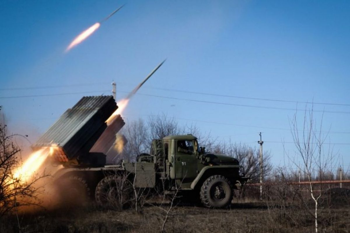 Sin embargo, esto no sucedió. Prorrusos y separatistas continuaron los ataques. Foto:AFP