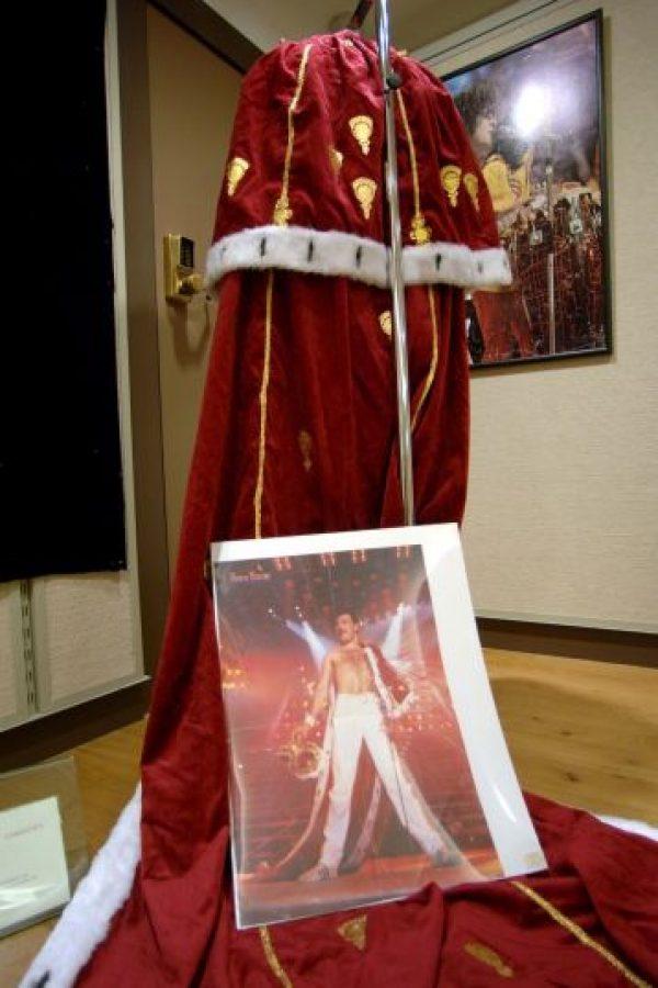 24 de noviembre – Muere el vocalista de la banda Queen, Freddie Mercury, víctima de SIDA Foto:Getty Images