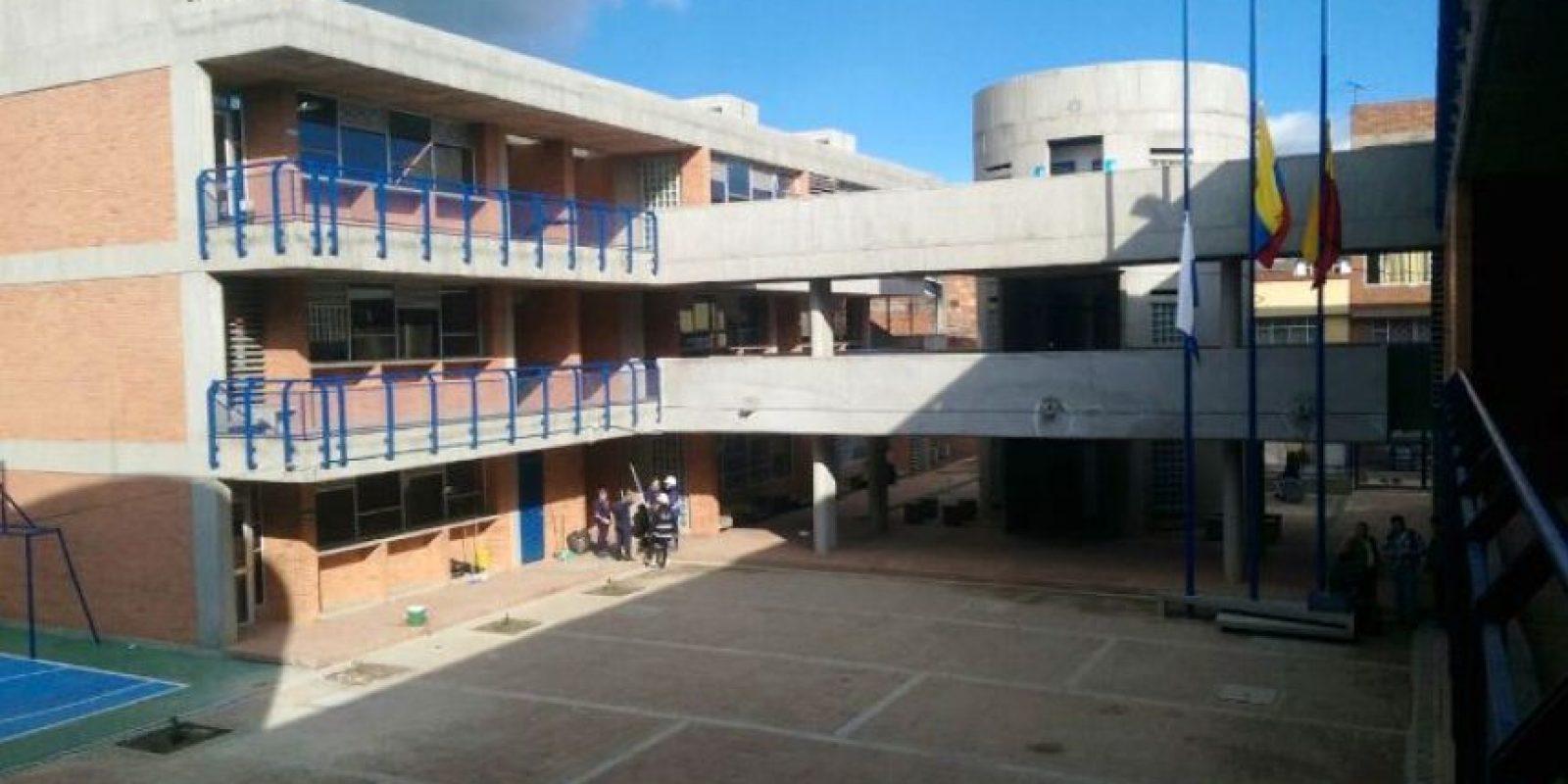 Asís e ven la aulas del colegio de Puente Aranda entregado por el alcalde Gustavo Petro este martes en Bogotá. Foto:Secretaría de Educación