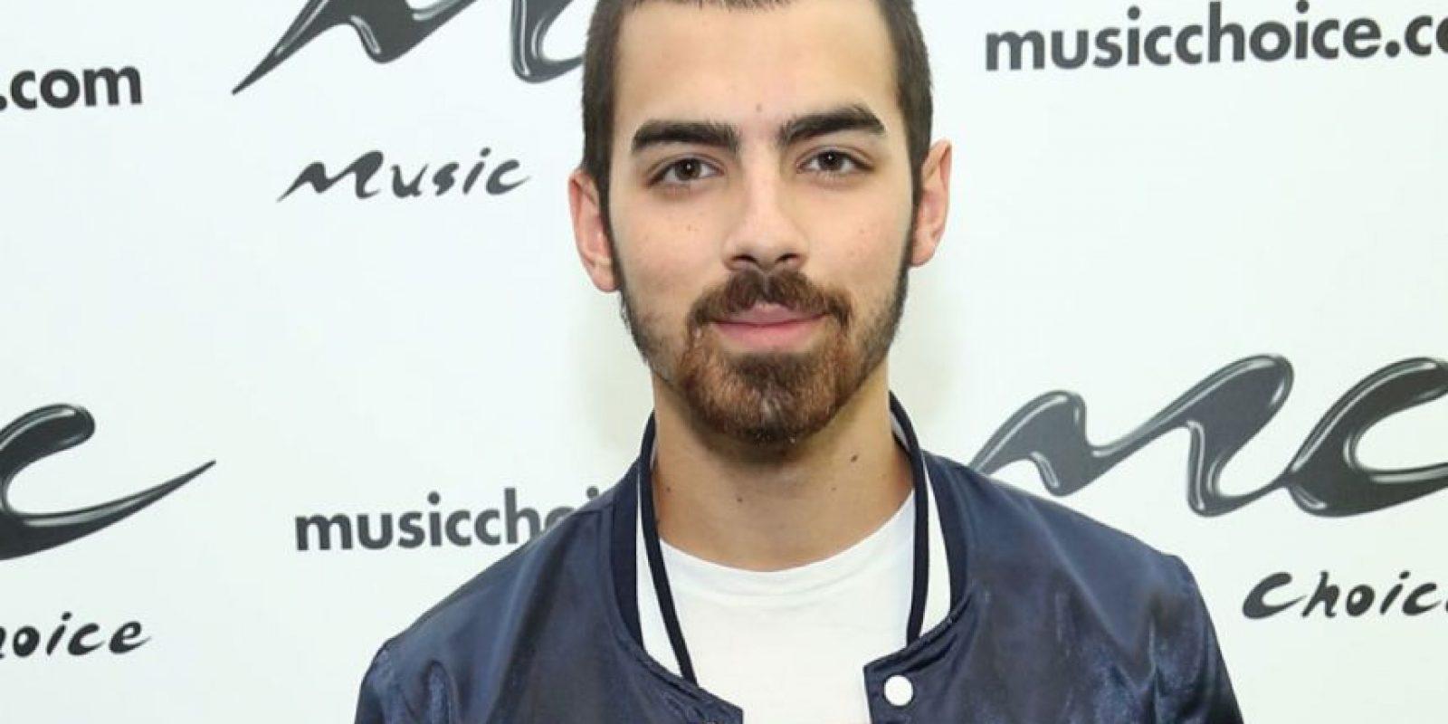 Joe Jonas la perdió a los 20. Foto:Getty Images