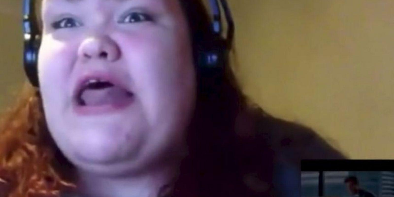 """Ella posteó un video de su desenfrenada reacción ante el tráiler de """"50 sombras de Grey"""" Foto:Youtube"""