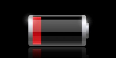 Cuando su celular este con batería baja evite contestar llamadas, la radiación del aparato es muy alta en ese estado y por ende es perjudicial para su salud.