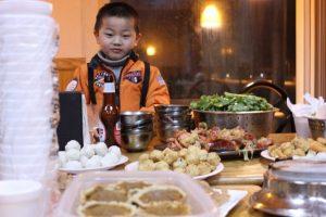 La unión familiar y grandes banquetes son un punto importante de está celebración Foto:FLICKR DE ANDREA.SUOZZO