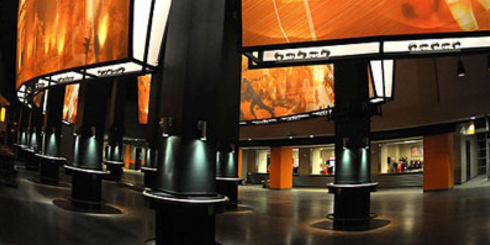 Tiene una capacidad para poco más de 102 mil espectadores Foto:Utsports.com