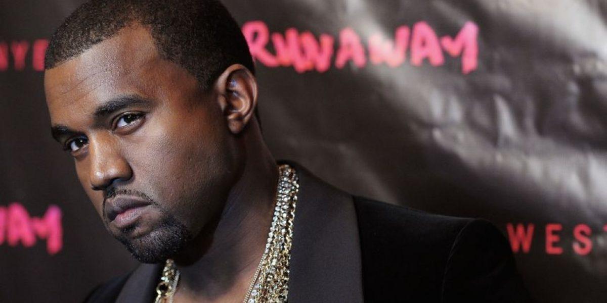 Kanye West tuvo que bañarse 30 veces antes de estar con Kim Kardashian