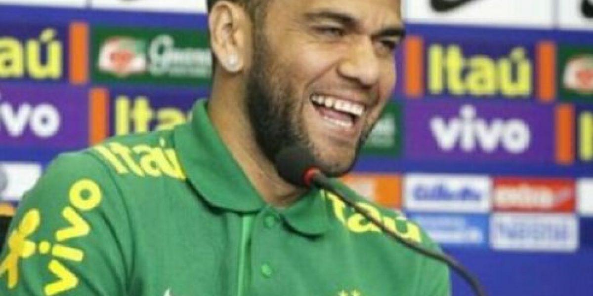 Dani Alves, el más trolleado en la derrota del Barcelona ante el Málaga