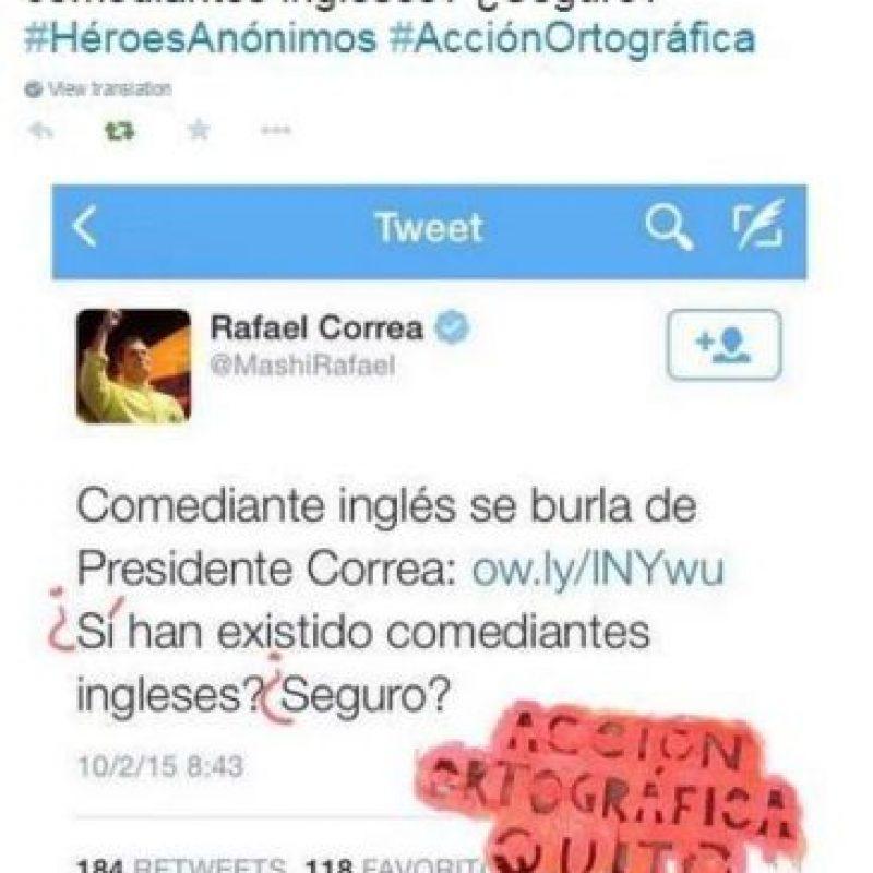 También al presidente Rafael Correa. Foto:Acción Ortográfica/Quito/Facebook