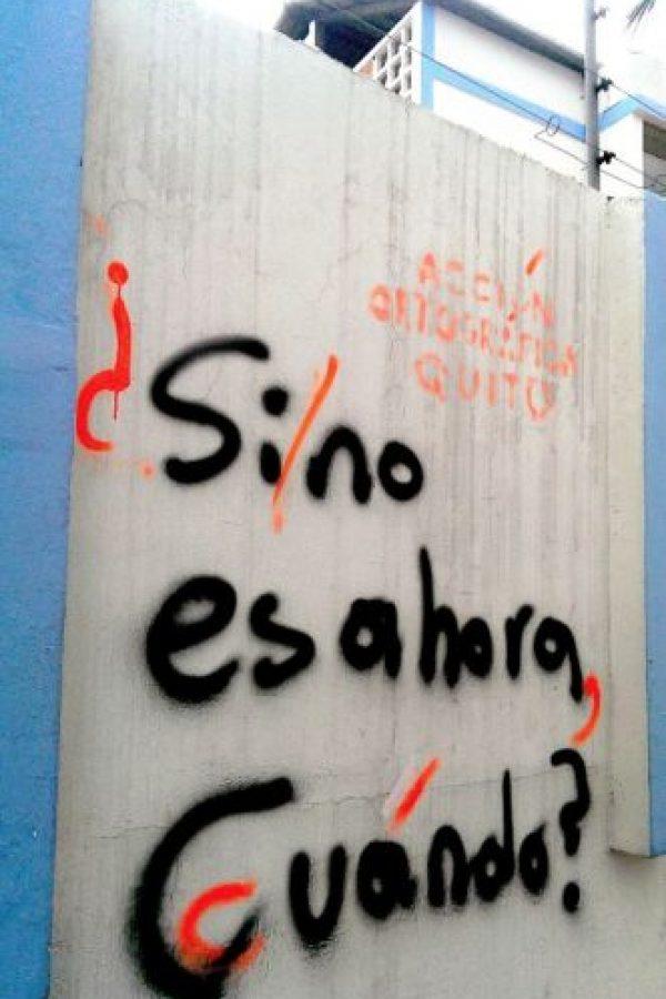 Pero sus acciones ya son virales. Foto:Acción Ortográfica/Quito/Facebook