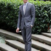 Encantador. Imponente. Sublime. Christian Grey ha enamorado a más de uno por su apariencia. Pero ¿cómo tenerla? Aquí les mostramos lo que pueden comprar para imitar su elegante sentido del estilo. Foto:Universal
