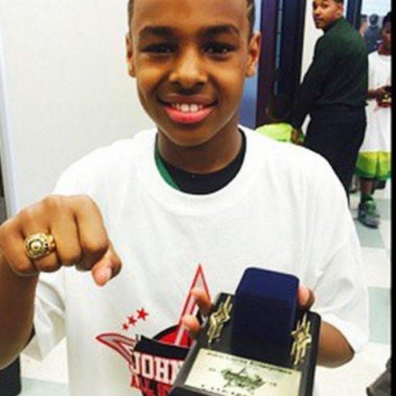 El pequeño de 10 años guió a su equipo a llevarse un título en Nueva Orleans Foto:Instagram: @kingjames