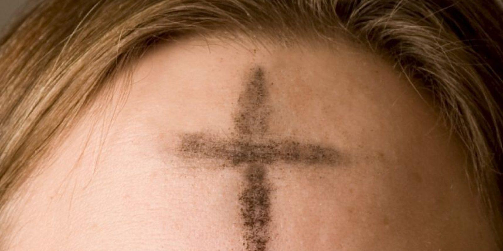1. En Rionegro, Antioquia, (Colombia), varios feligreses fueron quemados cuando les aplicaron la cruz de ceniza. Foto:Wikipedia