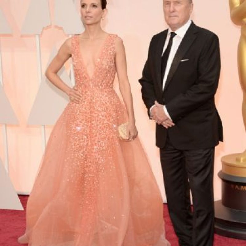 Se trata del vestido que llevó Luciana Pedraza, esposa del veterano actor Robert Duvall. Foto:Getty Images