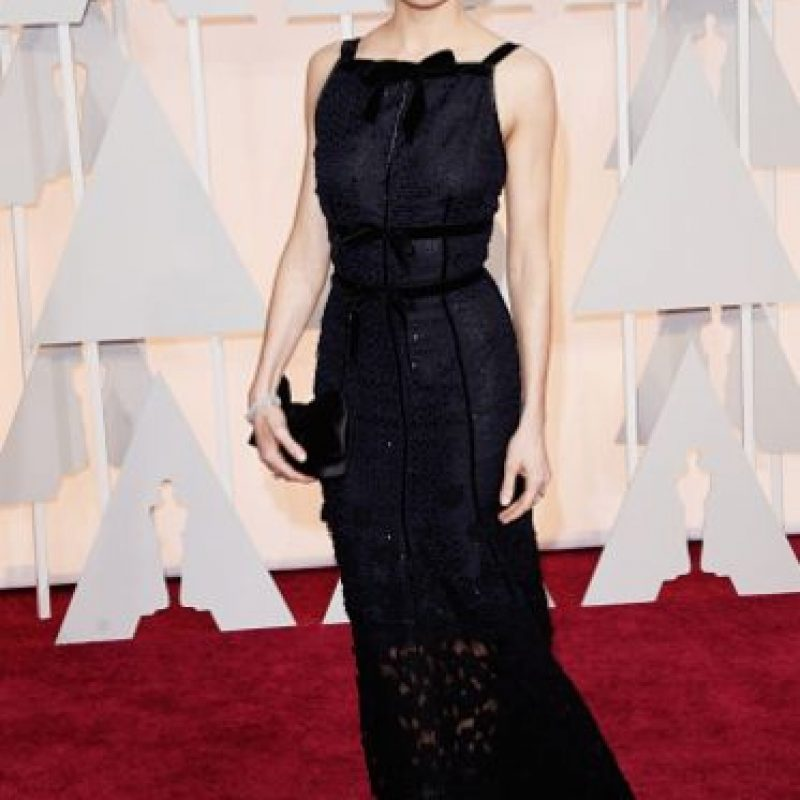 Sienna Miller, imponente de negro. Foto:Getty Images