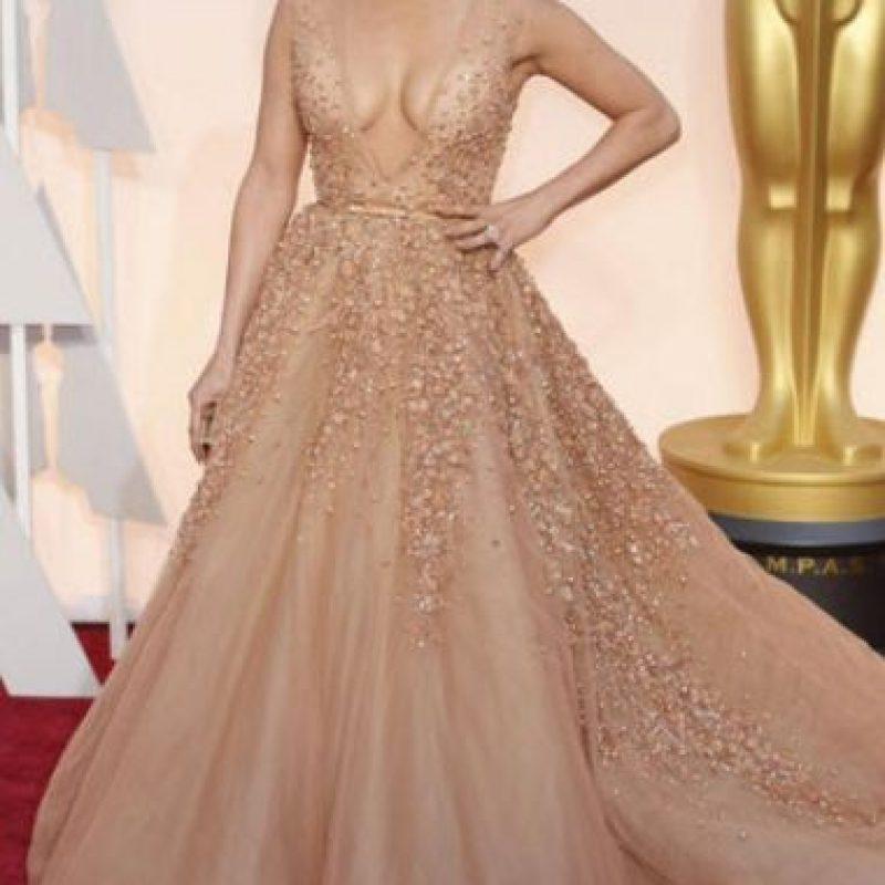 "El primer ""ella robó mi look"" correspondió a Jennifer López con Elie Saab Foto:Getty Images"
