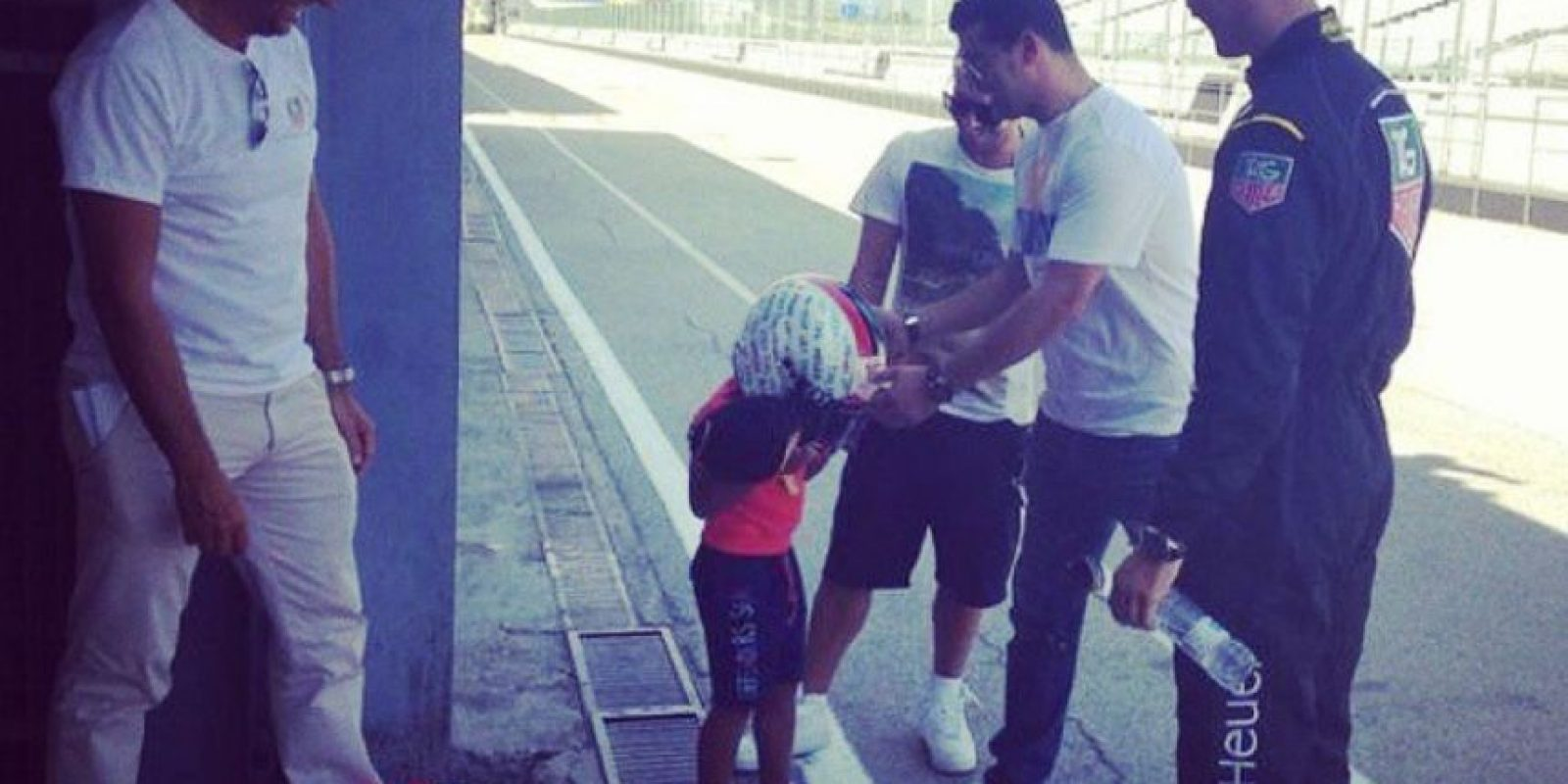 El pequeño Cristiano como piloto de carreras. Foto:instagram.com/cristiano