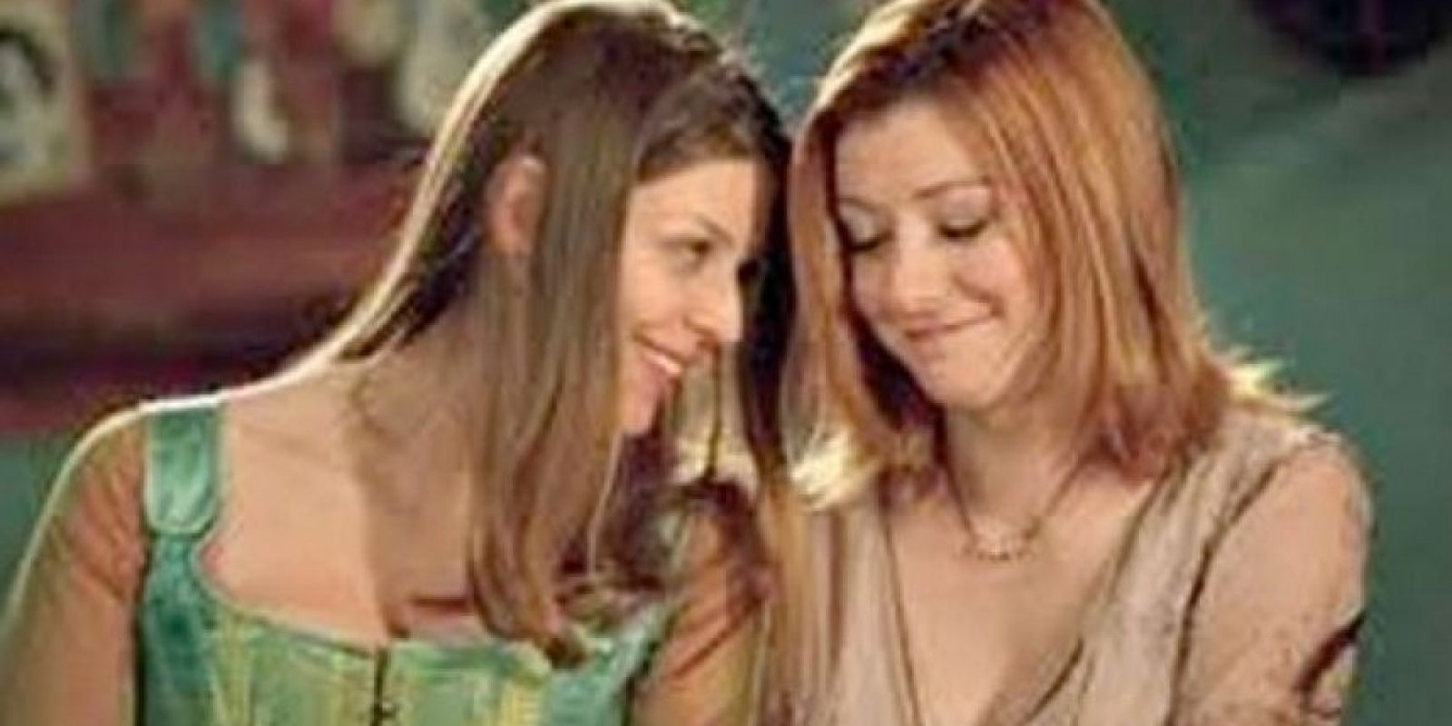 "Willow (Alyson Hannigan) y Tara (Amber Benson) en ""Buffy la Cazavampiros"" Foto: 20th Century"