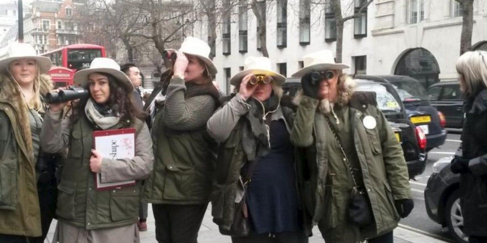 La idea era fotografiar a mujeres delgadas y con estilo, contrapuestas a las mujeres plus size. Esto pasó en la Semana de la Moda de Londres. Foto:Twitter