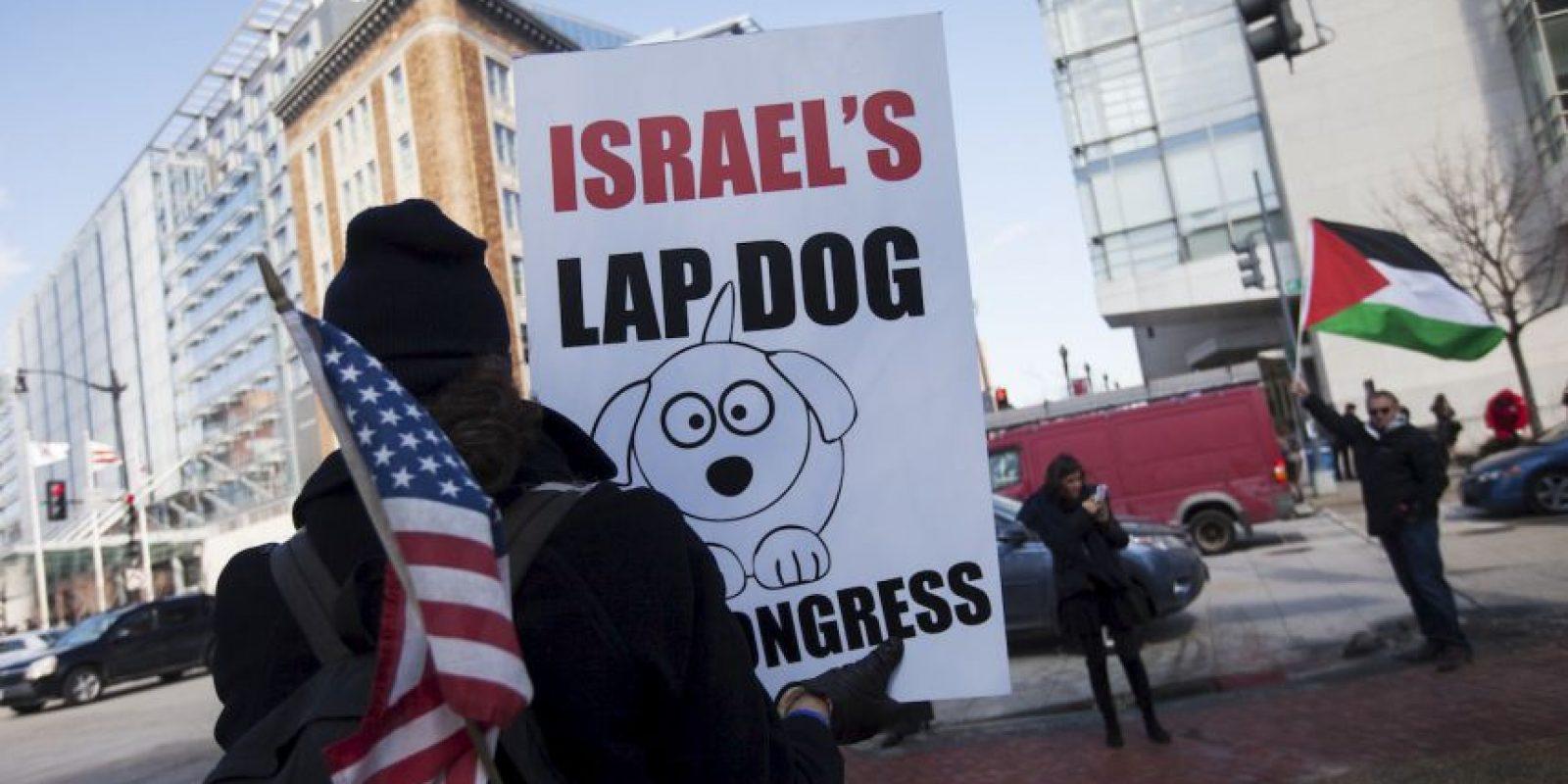5. Asimismo, ese medio detalló que el día de hoy más de 50 representantes y senadores no asistieron al Congreso, esto para protestar por el discurso de Netanyahu. Foto:AFP