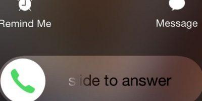 """""""Deslizar"""" para contestar si es que el iPhone está bloqueado. Foto:BuzzFeed"""