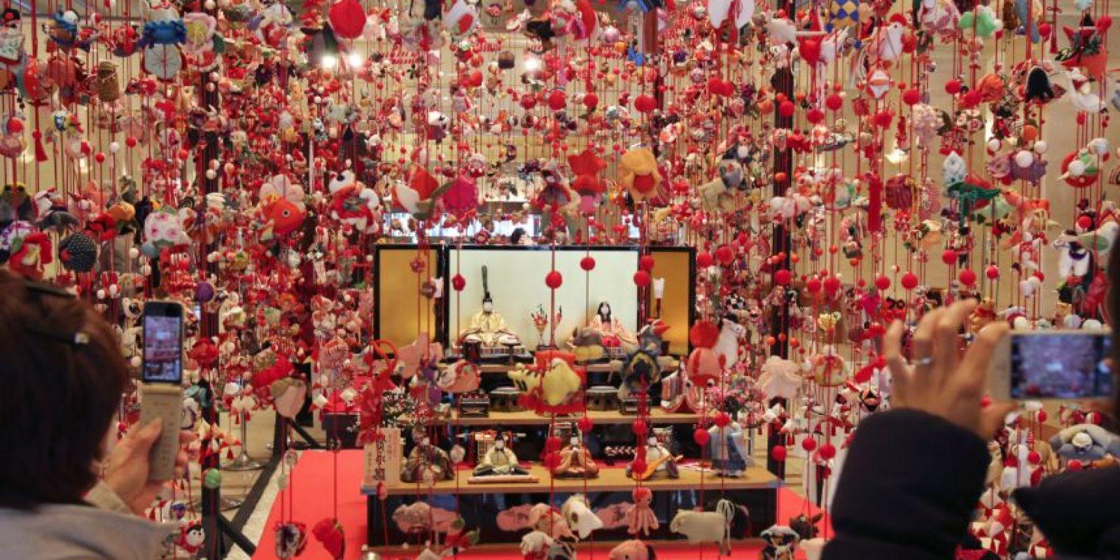 El hotel tokiota Keio Plaza es conocido por su gran exposición de muñecas. Foto:AP