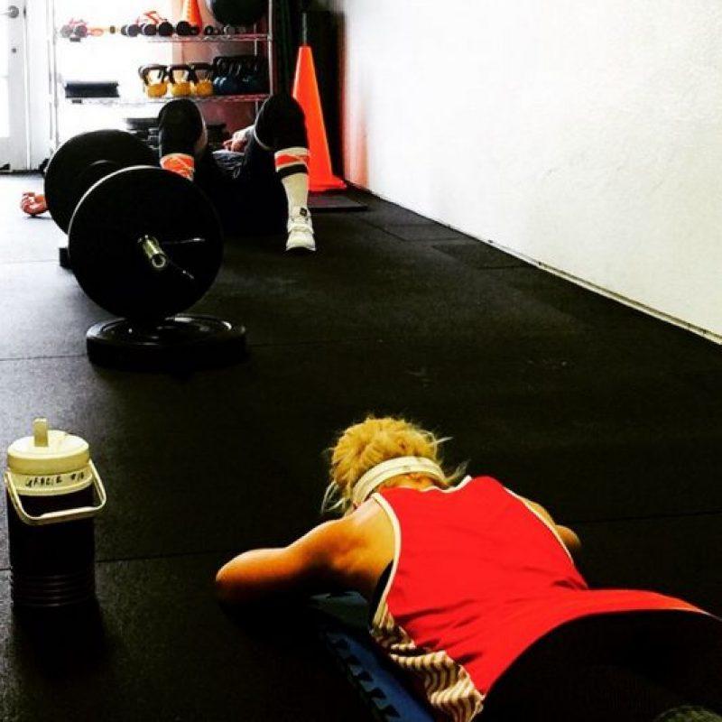 Ella le está ayudando a entrenar para su posible regreso a Wrestlemania Foto:Instagram: @mimicalacool