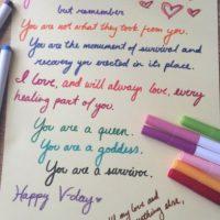 Una carta que una víctima de violación se escribió a ella misma. Foto:Faith in Humanity Restored