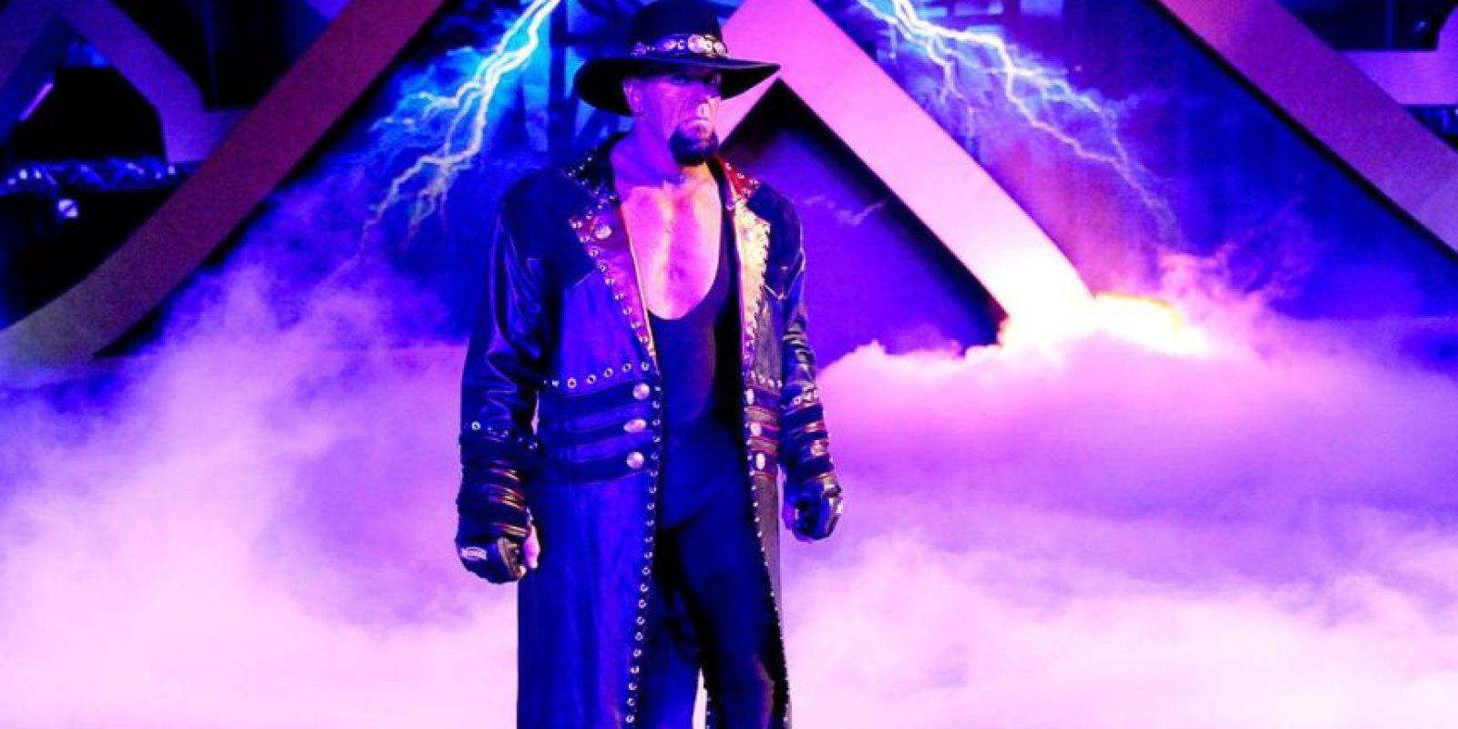 """Dentro y fuera de los cuadriláteros, """"Taker"""" mantiene una personalidad oscura Foto:WWE"""