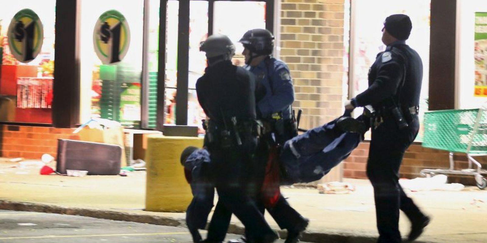 8. Sin embargo, se desataron disturbios durante varios días. Foto:Getty