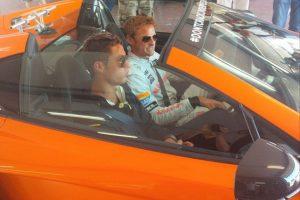 Con el piloto Jenson Button Foto:Instagram: @cristiano