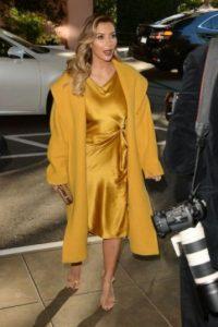 """Kim Kardashian Habló sobre las burlas de sus críticos con Marie Claire, diciendo """"puede ser que tenga un poco de celulitis. Puede ser que mi cuerpo no esté completamente tonificado. Puede ser que batalle con ciertas partes de mi cuerpo. Pero aceptarlo me da más poder"""". Foto:Getty Images"""