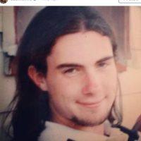 Así lucía a sus 17 años. ¿Lo habrían deseado igual? Foto:Adam Levine /Instagram