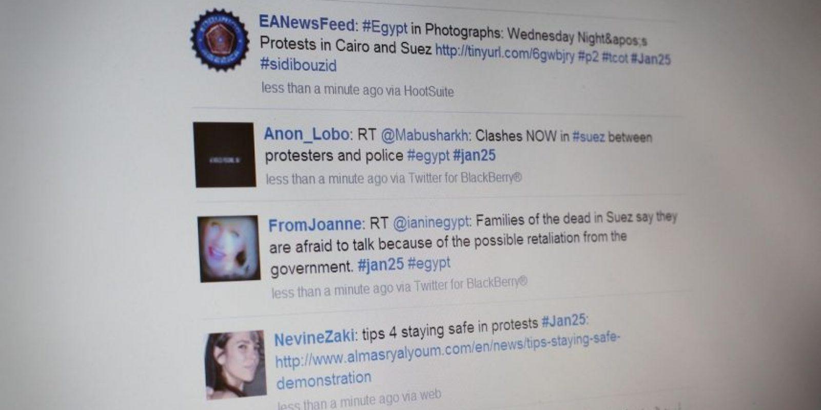 Los usuarios de Twitter también abogaron por la eficaz búsqueda y rescate de las niñas secuestradas, contención rápida y una represión de la insurgencia en Nigeria. Pero el resultado resultó ser triste, ya que sólo 57 de ellas lograron escapar de los militantes. Ni una ha sido rescatada después de eso. Foto:Getty Images