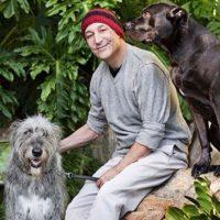 Sam Simon fue un defensor de los derechos de los animales Foto:Twitter/simonsam