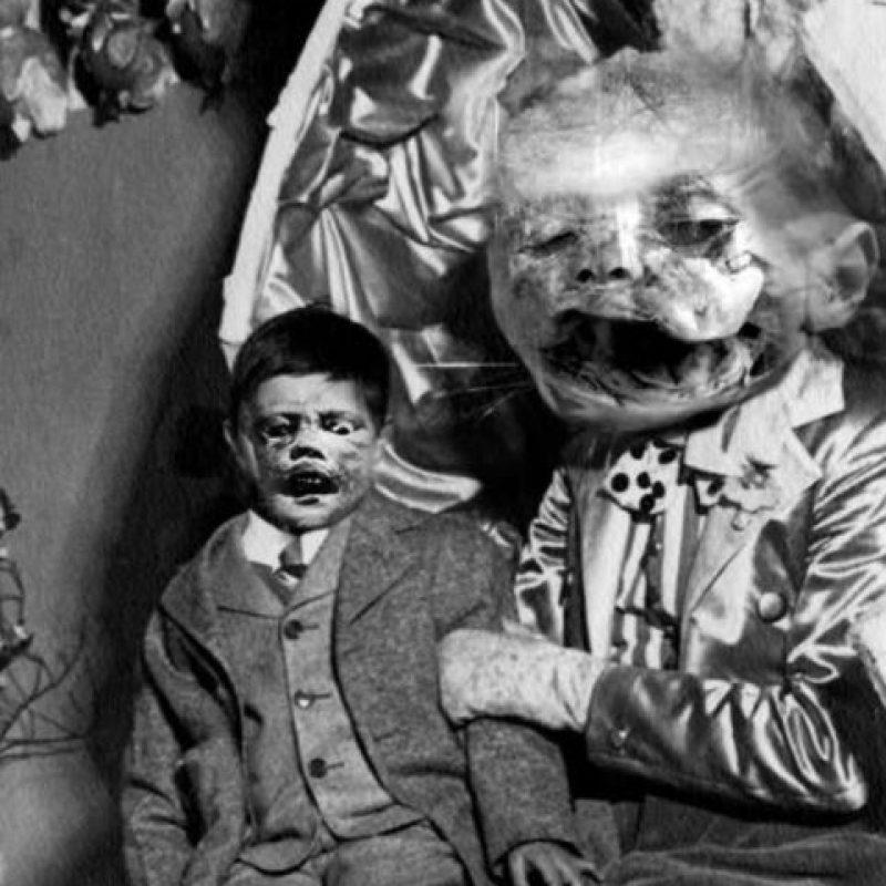 Los muñecos de un ventrílocuo.