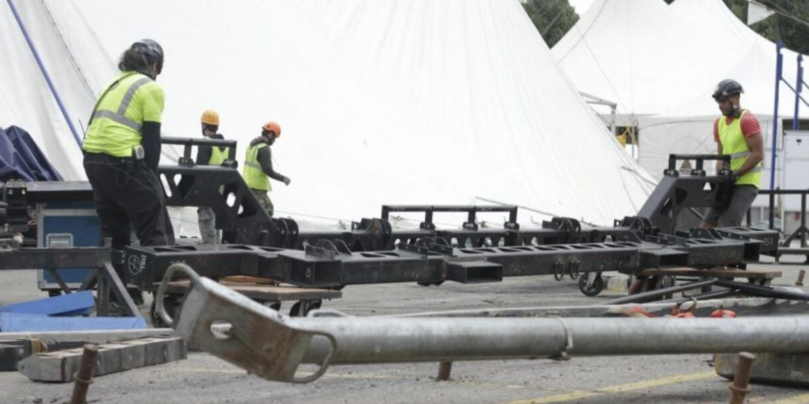 Los equipos de montaje y puesta en escena de Corteo son transportados en 90 contenedores. Foto:Juan Pablo Pino / Publimetro