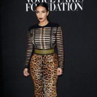 Kim con una falda de animal print Foto:Getty Images