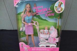 Esta muñeca tiene un precio de 159 dólares Foto:Ebay