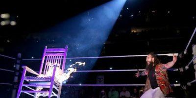 """Y se escucharon las palabras: """"Descansarás en paz"""" Foto:WWE"""