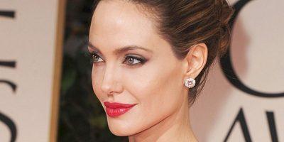 """James McAvoy tuvo que besar a Angelina Jolie en """"Se busca"""". Dijo que fue caluroso, incómodo y no muy """"agradable"""". Foto:Getty Images"""