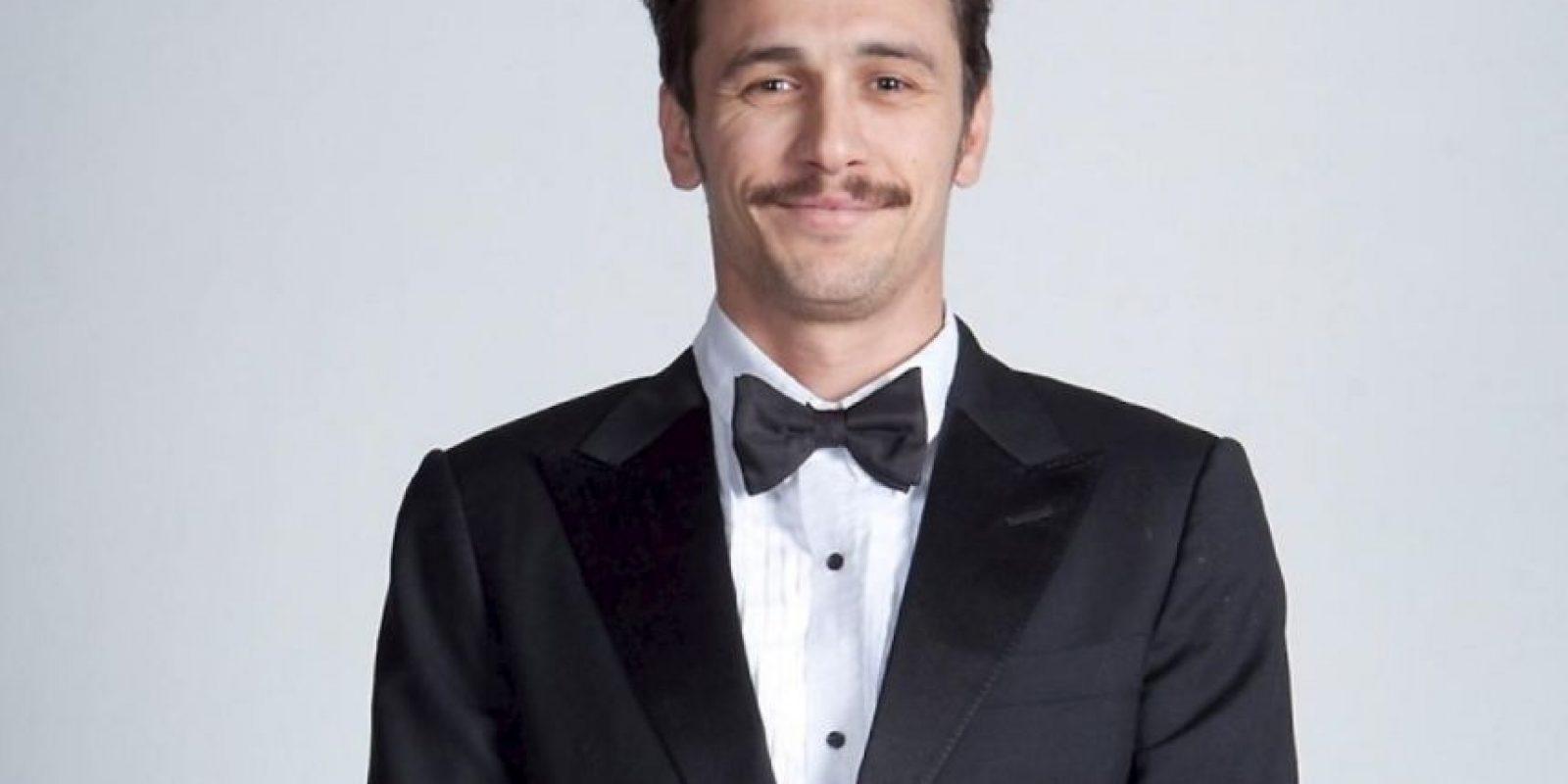 """James Franco fue terriblemente calificado por su beso con Vanesa Hudgens en """"Spring Breakers"""". Ella dijo que prefería besar a una mujer. Foto:Getty Images"""