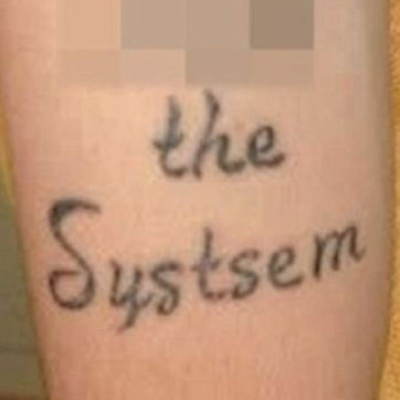 """""""System"""" Foto:Reddit"""