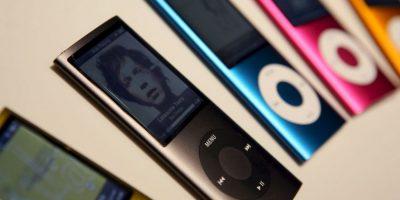 Los iPod fueron los primeros en incluir distintas gamas de colores Foto:Getty