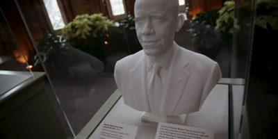 El busto de Barack Obama, que se encuentra en exhibido en la Casa Blanca Foto:Getty Images