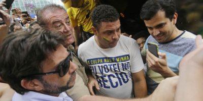 Ronaldo salió a las calles de Sao Paulo. Foto:AP