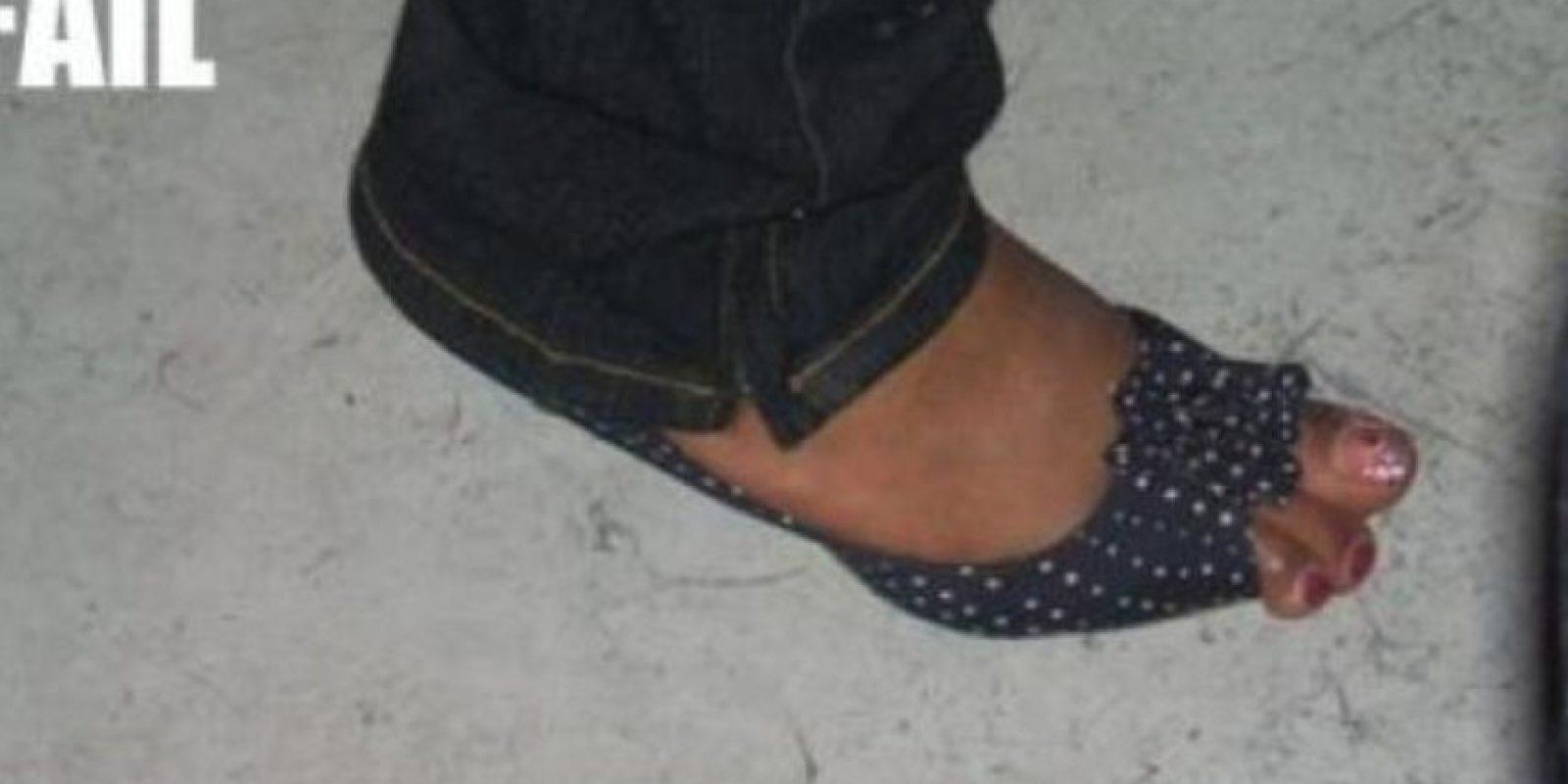 Cuando a toda costa buscas que esos zapatos sean tuyos… Foto:Tumblr.com/Tagged-zapatos-wtf