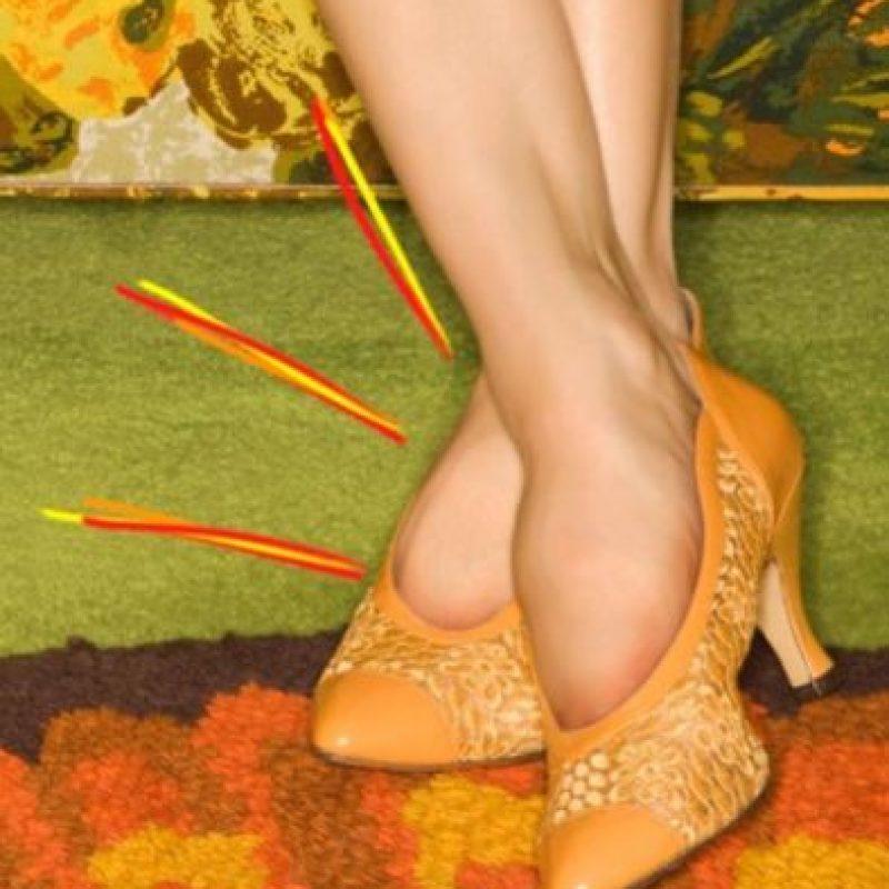 Cuando desafías la salud de tus pies Foto:Tumblr.com/Tagged-zapatos-wtf