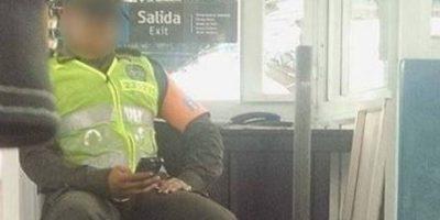 La imagen fue captada en el Metro de Medellín. Foto:Tomada de El Colombiano.