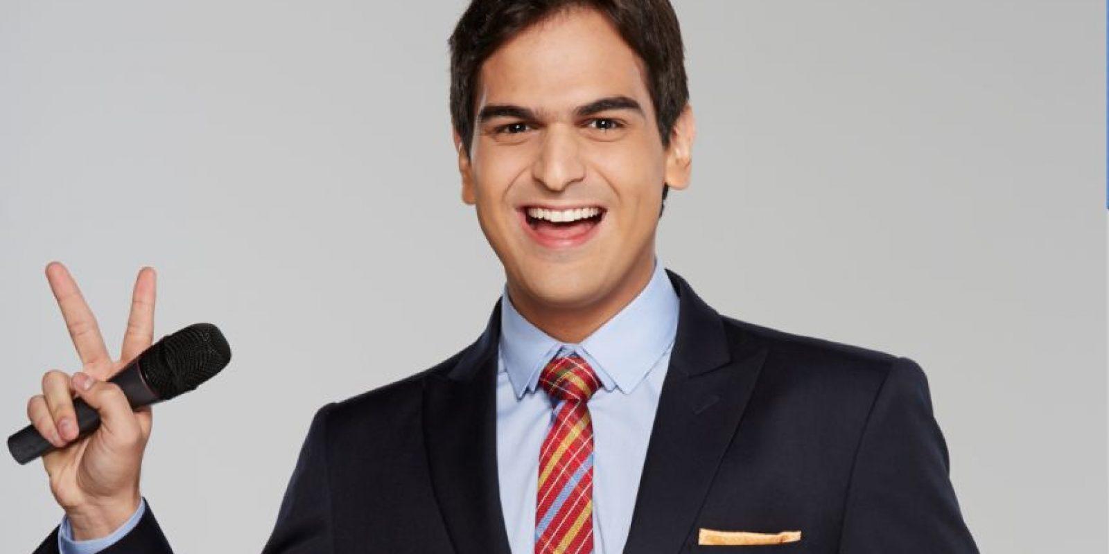 Alejandro Palacio se dio a conocer como Rafael Orozco 'El Binomio de Oro', cuando lo interpretó en la exitosa telenovela del Canal Caracol, pero luego de eso, lo vimos como conductor del reality show La voz, en sus tres versiones, que le convirtió en uno de los más exitosos de la televisión nacional. Alejandro es además cantante y tiene un disco.